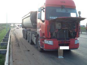 заправка автокондиционера в грузовике
